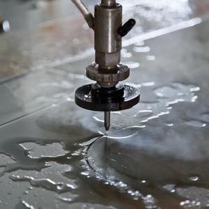Гидроабразивная резка: преимущества и недостатки технологии